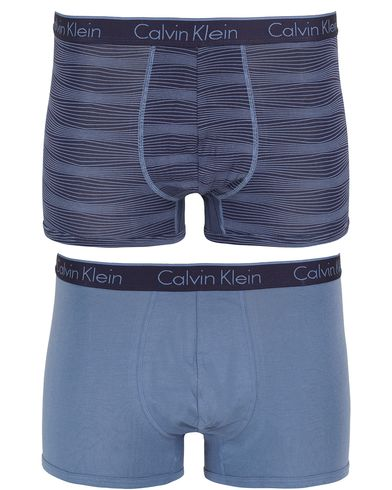 Calvin Klein CK One Cotton 2-Pack Trunk Blue/Stripe i gruppen Kläder / Underkläder / Kalsonger hos Care of Carl (13262411r)