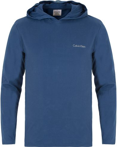 Calvin Klein Loungewear Hoodie Primal Blue i gruppen Undertøy / Pyjamaser / Pyjamasgensere hos Care of Carl (13263411r)