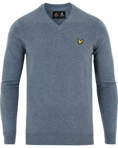 Lyle & Scott V-Neck Cotton Merino Neagara Blue Marl i gruppen Klær / Gensere / Pullover / Pullovers v-hals hos Care of Carl (13265111r)