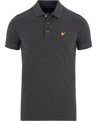 Lyle & Scott Plain Pique Polo Shirt Charcoal Marl i gruppen Pikéer / Kortärmade pikéer hos Care of Carl (13267511r)