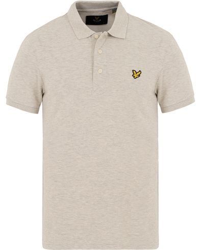 Lyle & Scott Plain Pique Polo Shirt Off White Marl i gruppen Pikéer / Kortärmade pikéer hos Care of Carl (13268111r)