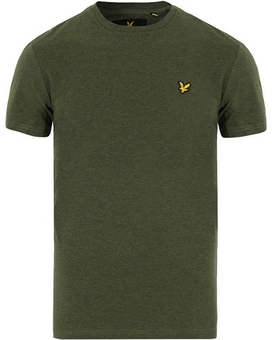 Lyle & Scott Plain Crew Neck Tee Dark Sage Marl i gruppen T-Shirts / Kortärmade t-shirts hos Care of Carl (13268611r)