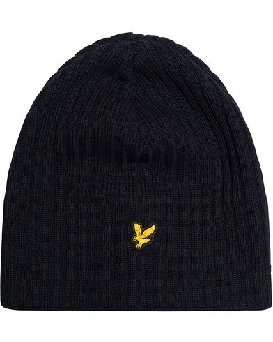 Lyle & Scott Knitted Rib Beanie New Navy  i gruppen Accessoarer / Mössor hos Care of Carl (13268910)
