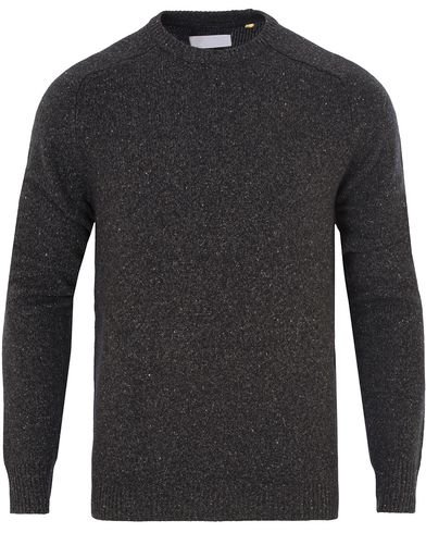 Lyle & Scott London Collection Brushed Jump Silk Jumper Charcoal Marl i gruppen Tr�jor / Stickade Tr�jor hos Care of Carl (13269711r)