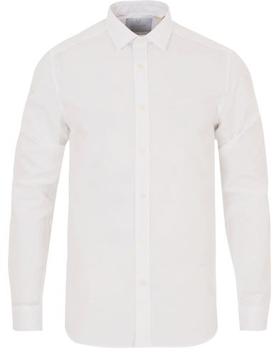 Lyle & Scott London Collection Poplin Shirt White i gruppen Kläder / Skjortor / Formella skjortor hos Care of Carl (13269811r)