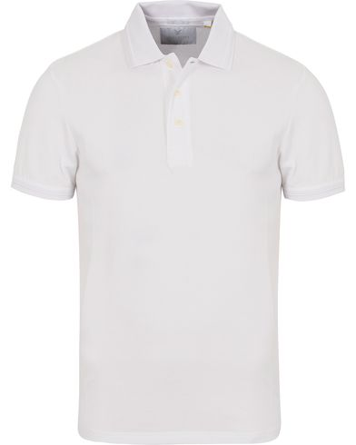 Lyle & Scott London Collection Pima Cotton Polo White i gruppen Kläder / Pikéer / Kortärmade pikéer hos Care of Carl (13270211r)