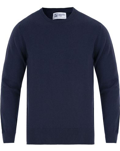 Johnstons of Elgin Cashmere Crew Neck Navy i gruppen Gensere / Pullover / Pullovere rund hals hos Care of Carl (13270511r)