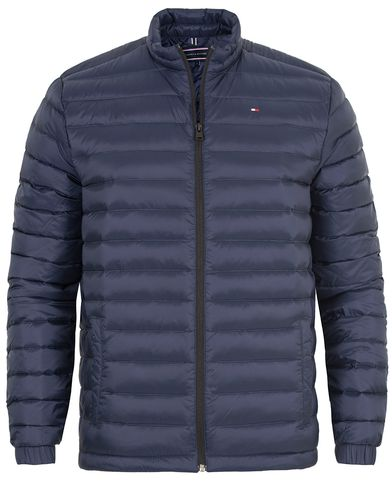 Tommy Hilfiger Light Weight Packable Down Bomber Navy Blazer i gruppen Klær / Jakker / Tynne jakker hos Care of Carl (13273511r)