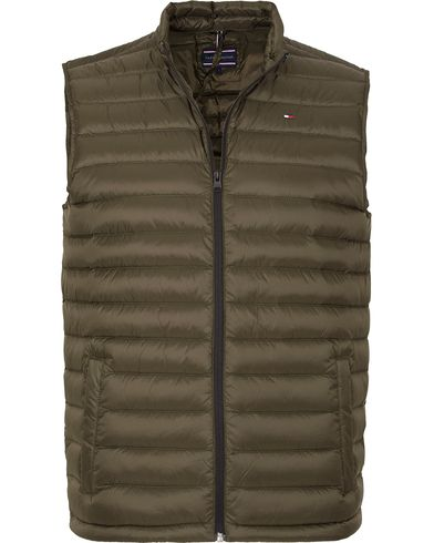 Tommy Hilfiger Light Weight Packable Down Vest Rosin Green i gruppen Kläder / Jackor / Yttervästar hos Care of Carl (13273711r)
