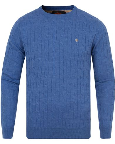Morris Merino Cable O-neck Blue i gruppen Gensere / Strikkede gensere hos Care of Carl (13294311r)