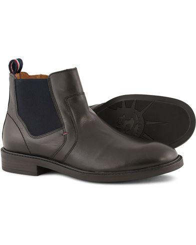 Tommy Hilfiger Rounder Chelsea Boot Black Calf i gruppen Sko / Støvler / Chelsea boots hos Care of Carl (13302911r)