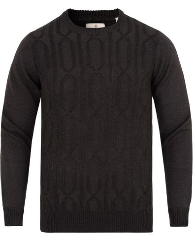 GANT Diamond G Cable Crew Neck Charcoal Melange i gruppen Klær / Gensere / Strikkede gensere hos Care of Carl (13308411r)