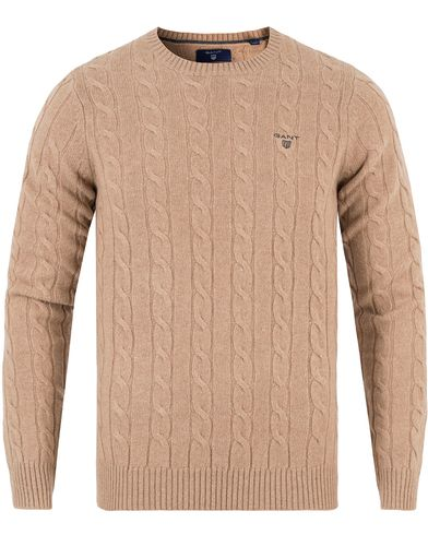 Gant Lambswool Cable Crew Pullover Camel Melange i gruppen Gensere / Pullover / Pullovere rund hals hos Care of Carl (13313111r)