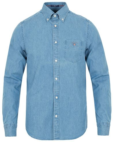 GANT The Indigo Fitted Body Shirt Light Blue i gruppen Kläder / Skjortor / Jeansskjortor hos Care of Carl (13319611r)