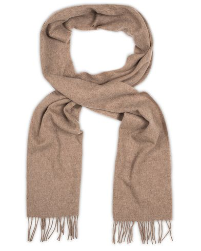 Gant Solid Lambswool Woven Scarf Dessert Brown  i gruppen Assesoarer / Skjerf hos Care of Carl (13320510)