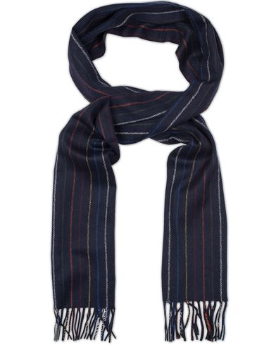Gant Multistriped Lambswool Scarf Navy  i gruppen Assesoarer / Skjerf hos Care of Carl (13321510)