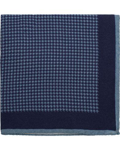 Morris Heritage Gustavo Pocket Square Navy  i gruppen Design A / Assesoarer / Lommetørklær hos Care of Carl (13328410)