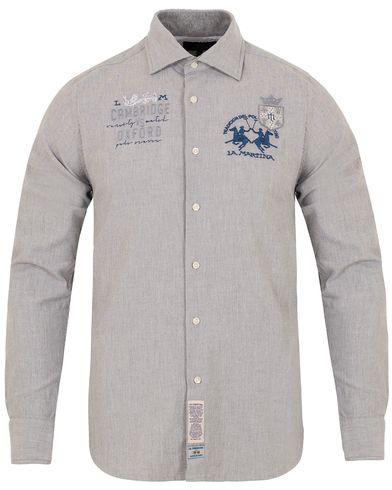 La Martina Slim Fit Stretch Oxford Shirt Grey i gruppen Kläder / Skjortor / Oxfordskjortor hos Care of Carl (13332111r)