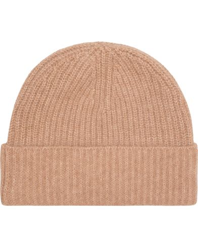 Filippa K Cozy Wool Hat Nougat Melange  i gruppen Accessoarer hos Care of Carl (13337210)