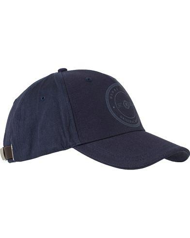 Henri Lloyd Padgate Cap Navy  i gruppen Assesoarer / Caps / Baseballcapser hos Care of Carl (13340910)