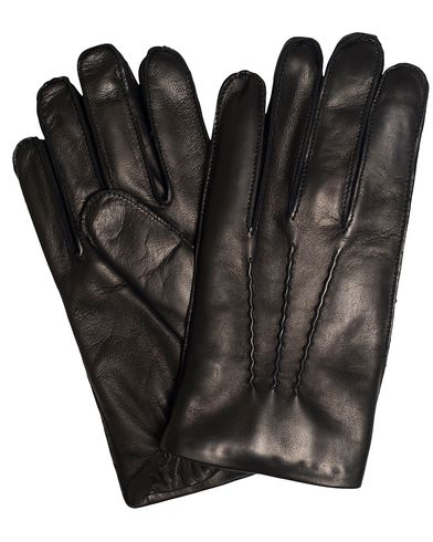 Ralph Lauren Purple Label Classic Glove With Elasticized Wrist Black Nappa i gruppen Säsongens nyckelplagg / Promenadhandskarna hos Care of Carl (13341211r)