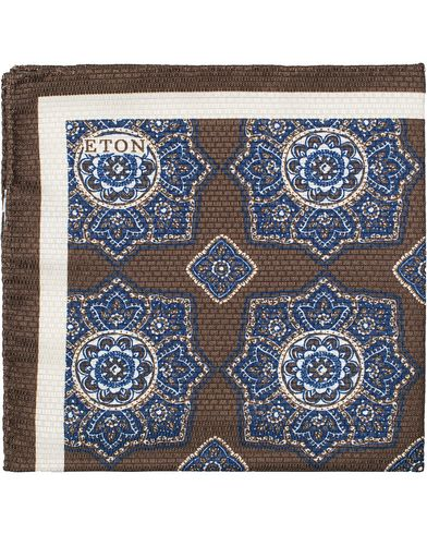 Eton Medallion Print Silk Pocket Square Brown  i gruppen Accessoarer / Näsdukar hos Care of Carl (13347110)