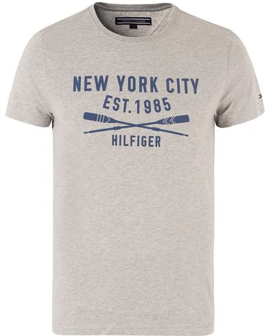 Tommy Hilfiger Harry Crew Neck Tee Cloud Heather i gruppen T-Shirts hos Care of Carl (13450411r)