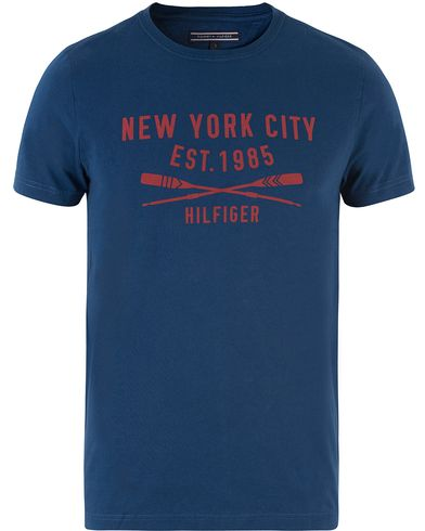 Tommy Hilfiger Harry Crew Neck Tee Durch Navy i gruppen T-Shirts hos Care of Carl (13450511r)