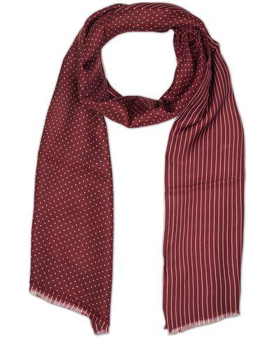 Oscar Jacobson Doublefaced Polka Dot Scarf Wine Red  i gruppen Accessoarer / Scarves hos Care of Carl (13471410)