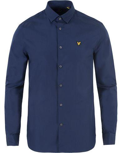 Lyle & Scott Slim Fit Poplin Shirt Navy i gruppen Kläder / Skjortor / Casual skjortor hos Care of Carl (13476111r)