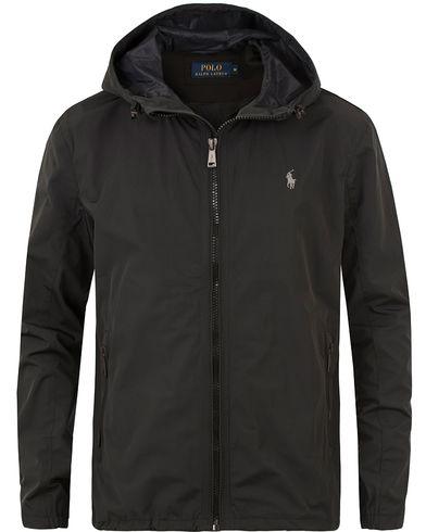 Polo Ralph Lauren Thorpe Anorack Hooded Jacket Polo Black i gruppen Jackor / Tunna jackor hos Care of Carl (13480011r)