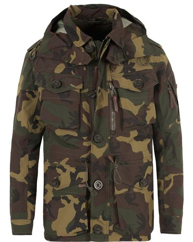 Polo Ralph Lauren Troop Smock Nylon Jacket Camo Print i gruppen Jackor / Fieldjackor hos Care of Carl (13484911r)