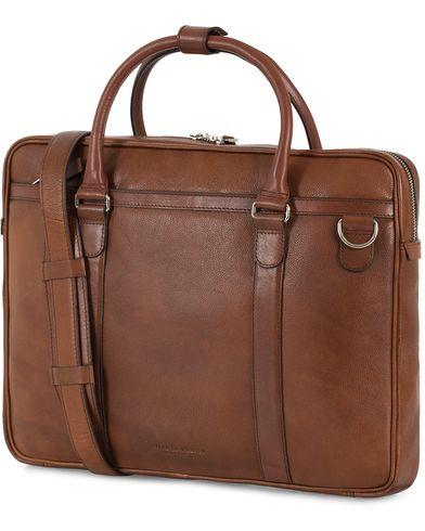 Tiger of Sweden Marquet Leather Briefcase Brown  i gruppen Accessoarer / Väskor / Portföljer hos Care of Carl (13490410)