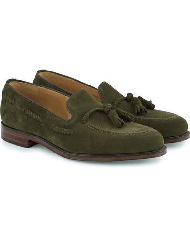Loake 1880 MTO Temple Loafer Hunting Green Suede i gruppen Skor / Loafers hos Care of Carl (13494311r)