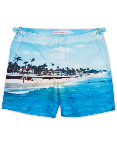 Orlebar Brown Bulldog Photographic Swim Shorts Down Palm Beach i gruppen Badbyxor hos Care of Carl (13500511r)