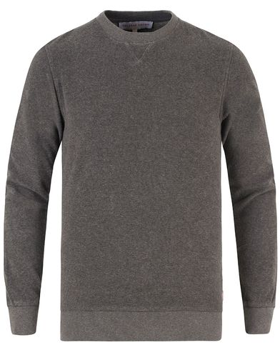 Orlebar Brown Pierce Toweling Sweater Fossil Melange i gruppen Tröjor / Sweatshirts hos Care of Carl (13501211r)