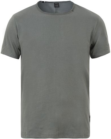 Replay M3176 Crew Neck Slub Tee Green i gruppen T-Shirts / Kortärmade t-shirts hos Care of Carl (13508611r)