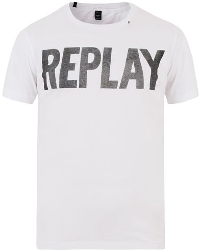 Replay M3261 Crew Neck Logo Tee Optical White i gruppen T-Shirts / Kortärmade t-shirts hos Care of Carl (13508811r)