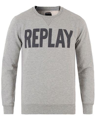 Replay M3290 Logo Sweatshirt Grey Melange i gruppen Tröjor / Sweatshirts hos Care of Carl (13509211r)