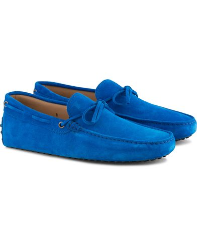 Tod's Laccetto Gommino Carshoe Intense Blue Suede i gruppen Skor / Bilskor hos Care of Carl (13509811r)