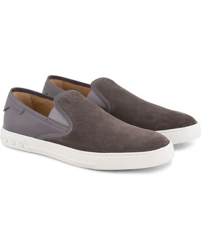 Tod's Pantofola Cassetta Sneaker Grey Suede i gruppen Skor / Sneakers / Slip-on sneakers hos Care of Carl (13510811r)