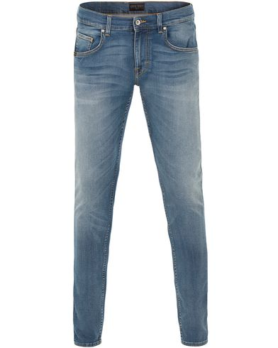 Tiger of Sweden Jeans Slim Beam Jeans Light Washed Blue i gruppen Kläder / Jeans / Avsmalnande jeans hos Care of Carl (13521211r)