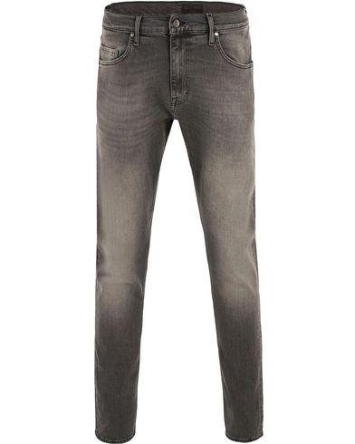 Tiger of Sweden Jeans Pistolero Rise Jeans Grey i gruppen Jeans / Avsmalnande jeans hos Care of Carl (13522511r)