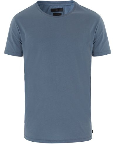 Tiger of Sweden Jeans Corey Solid Tee Light Blue i gruppen Kläder / T-Shirts / Kortärmade t-shirts hos Care of Carl (13523111r)