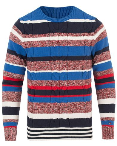 Tommy Hilfiger Hamptons Cable Knitted Crew Neck Nautical Blue i gruppen Kläder / Tröjor / Stickade tröjor hos Care of Carl (13528311r)