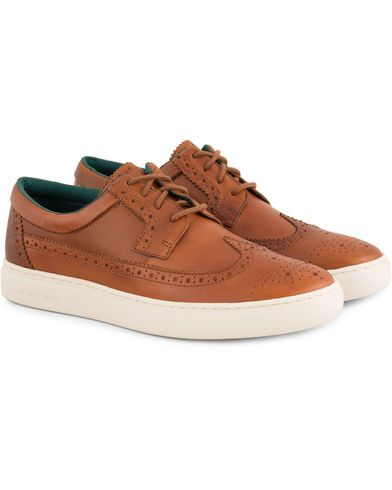 PS by Paul Smith Rupert Derby Brogue Sneaker Tan Calf i gruppen Design B / Skor / Sneakers / Låga sneakers hos Care of Carl (13541111r)