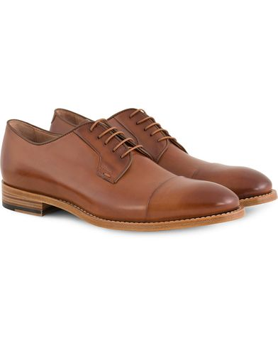 Paul Smith Ernest Derby Toe Cap Tan Calf i gruppen Skor / Derbys hos Care of Carl (13541411r)