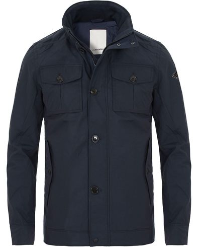 J.Lindeberg Bailey 72 Sports Nylon Jacket Navy i gruppen Kläder / Jackor / Fieldjackor hos Care of Carl (13544911r)