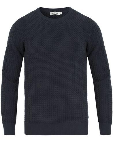 J.Lindeberg Ryan Knitted Waffle Crew Neck Navy i gruppen Tröjor / Stickade tröjor hos Care of Carl (13547511r)