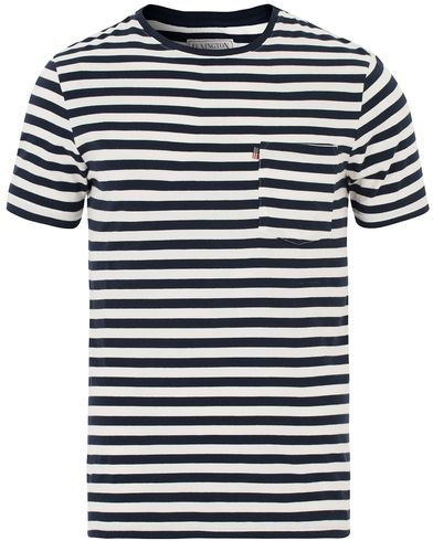 Lexington Travis Striped Tee Blue/White i gruppen Design A / T-Shirts / Kortärmade t-shirts hos Care of Carl (13552711r)
